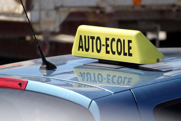 Loi Hamon auto-écoles