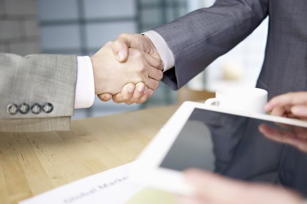 assureurs-blockchain-resiliation-loi-hamon